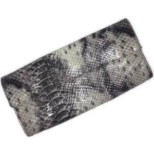 Snake Skin Vinyl Patent Leather Hand Clutch Wallet
